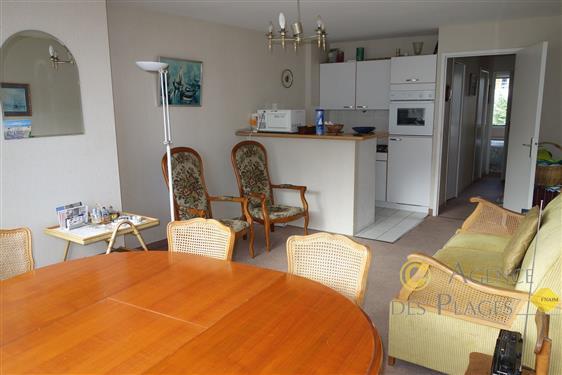 LA TURBALLE CENTRE-VILLE - Appartement T2 une chambre à vendre - Proche port, plage et commerces