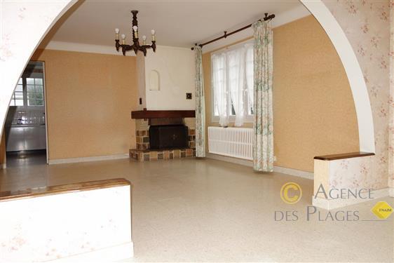 PIRIAC SUR MER Proche centre-ville- Grande maison 5/6 chambres � vendre ou 2 appartements