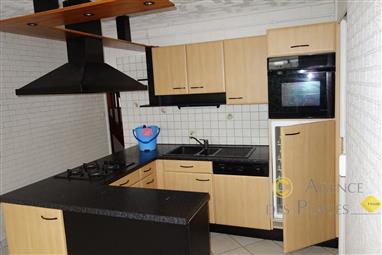 LA TURBALLE CENTRE-VILLE - Maison ancienne 5 chambres à vendre - Proximité immédiate du port