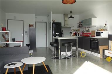 PIRIAC SUR MER - Bel appartement T2 récent à vendre - Plage, port et commerces à pied