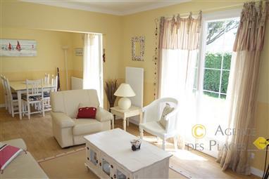 LA TURBALLE PROCHE PLAGE - Maison rénovée 5 chambres à vendre - Quartier calme