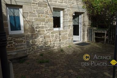 LA TURBALLE - Maison ancienne en pierre rénovée 6 personnes à vendre