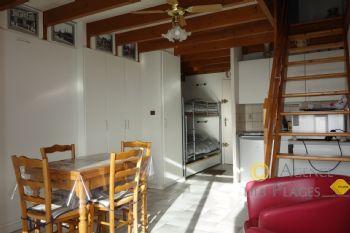 LA TURBALLE FACE MER - ACCES DIRECT PLAGE - Appartement en duplex de 27.67 m²  une chambre à vendre