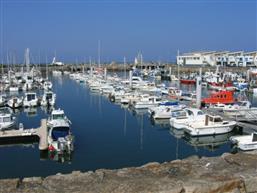 LA TURBALLE FACE MER ET PORT - Grand appartement de 80 m² 3 chambres à vendre - Proche port, plage et commerces