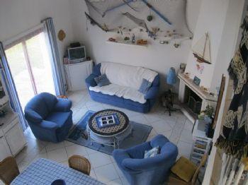 LA TURBALLE - Maison bien entretenue à vendre sur terrain de 700 m² - Grand garage