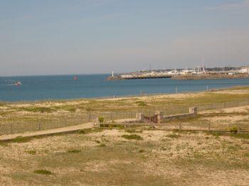 Vue vue 1 - LA TURBALLE appartement face mer accès plage direct - Location saisonnière