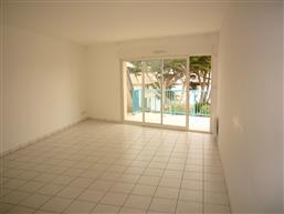 LA TURBALLE - Bel appartement T3 avec balcon - Plage et commerces à pied - Location vide à l'année
