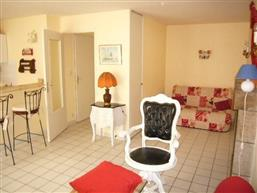 Studio meublé au RdeC dans le centre ville de La Turballe - Location à l'année